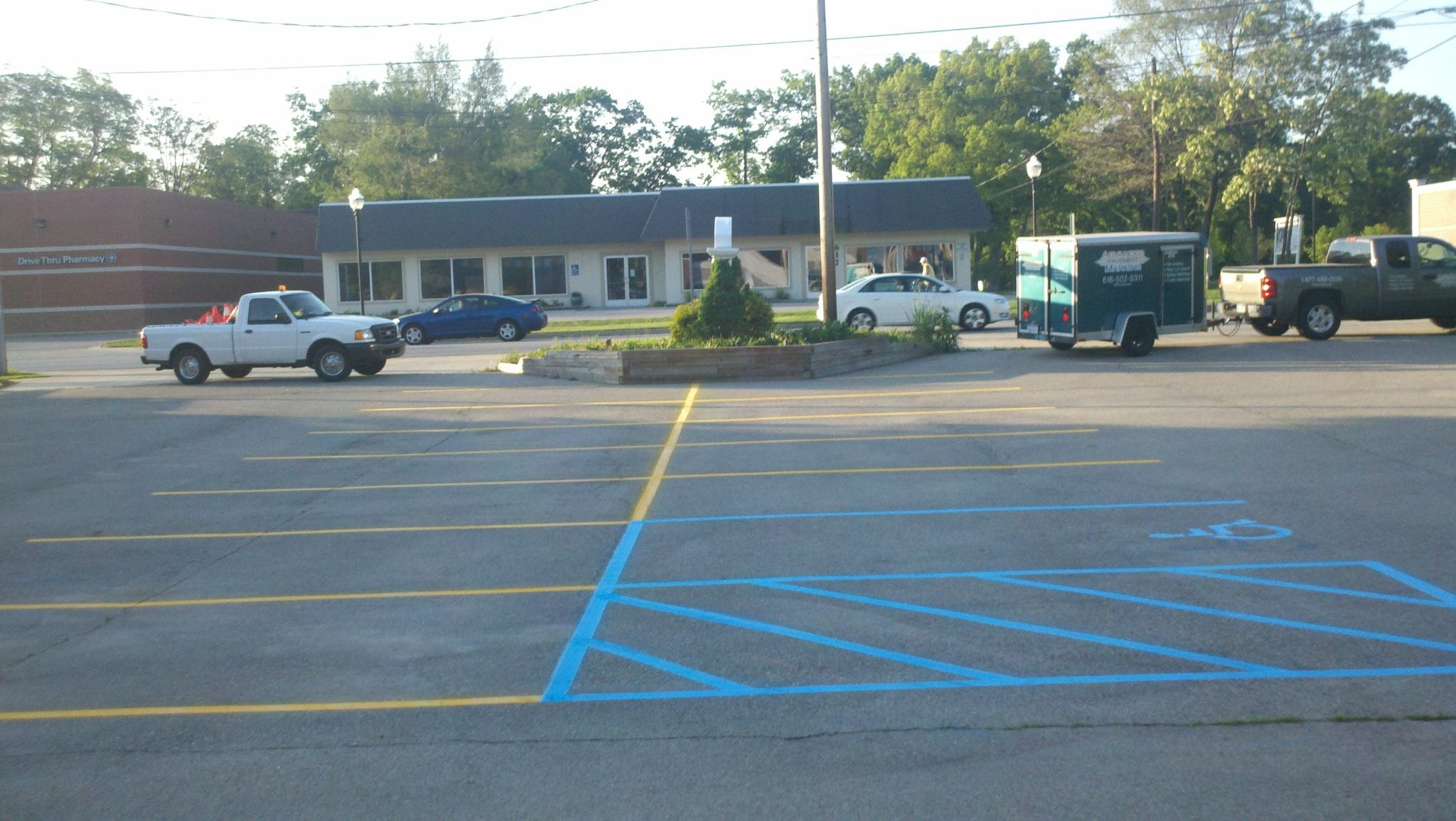 Parking lot striping Grand Rapids, MI