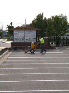 parking lot striping contractor